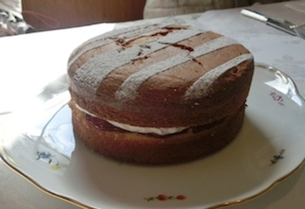 祐子先生のヴィクトリアケーキ