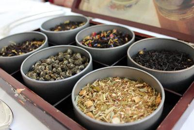 撮ったはずの写真が見つからず・・・、お借りします。(出典:http://www.hawaii-arukikata.com/gourmet/moana_afternoon_tea.html)