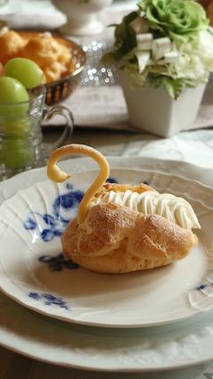 フランス菓子初級『スワン』